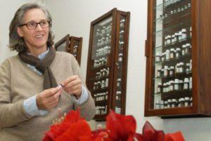 Elisabeth Majhenic ist Therapeutin und Dozentin für klassische Homöopathie - © Sigrid Juen